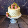 Украшение торта цветами